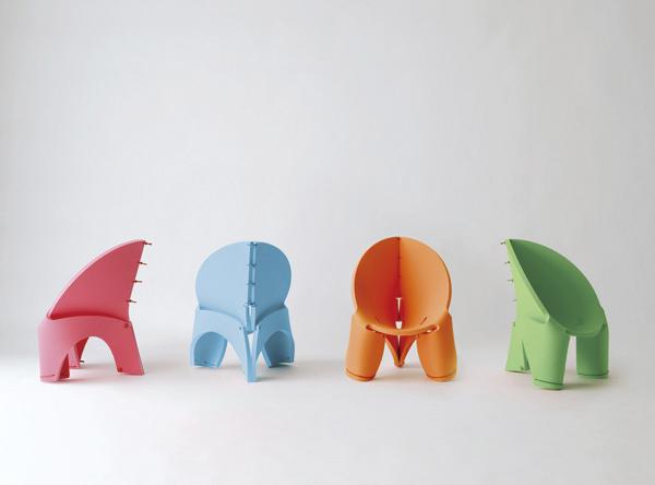 こども用にデザインされた椅子『EVA chair for kids』