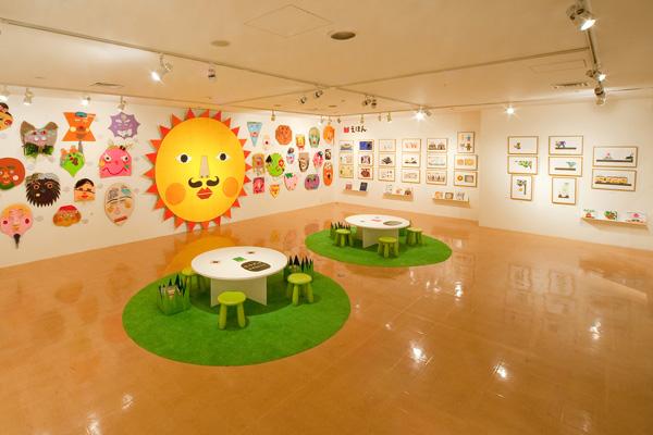 0710_tupera tupera「かおとえほんとこうさく展」福岡アートリエ展示風景 2011