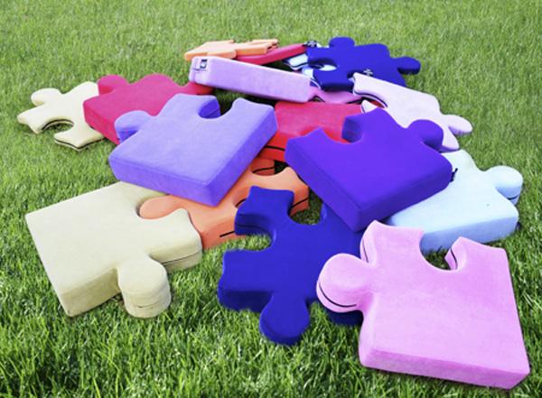 玩具?ソファ?それとも…自由に使える『Puzzle Pouf』