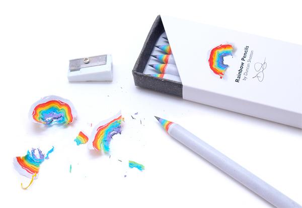 リサイクルペーパーでできた『Rainbow Pencils』
