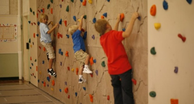 出典:Durastone Kids Climbing Wall Panels